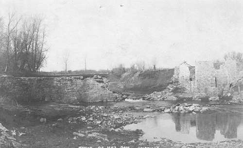 Ruins of_the_mill_dam_south_of_town_001_500