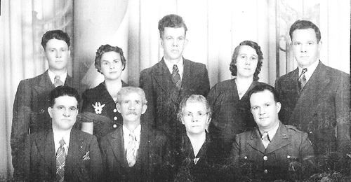 William I._Davis_Sr._family_001_500